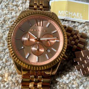 Michael Kors Lexington Rose gold watch.